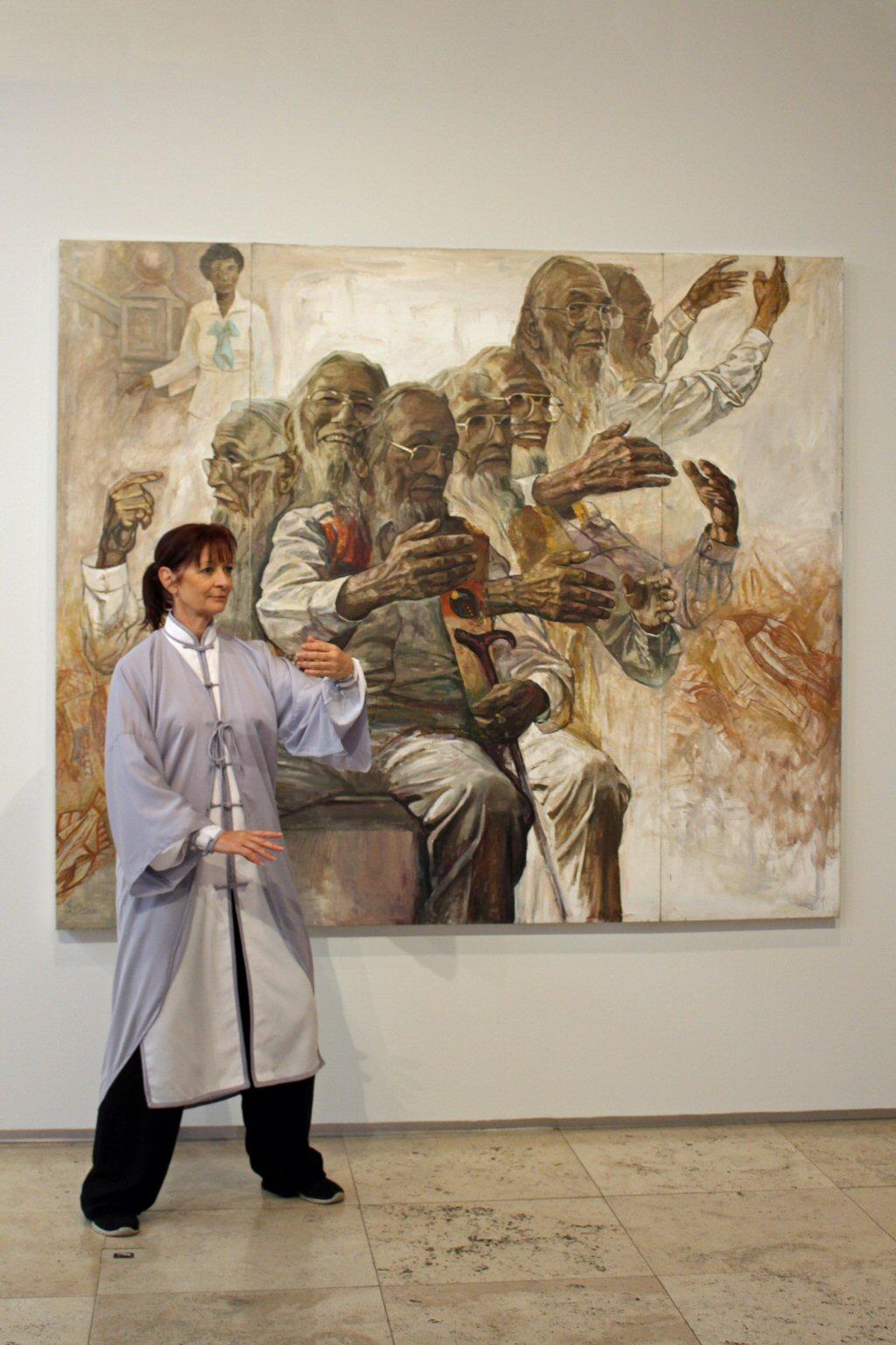 Amanda-Heidtke-Art-Gallery-Newcastle-February-2021-1024x1536